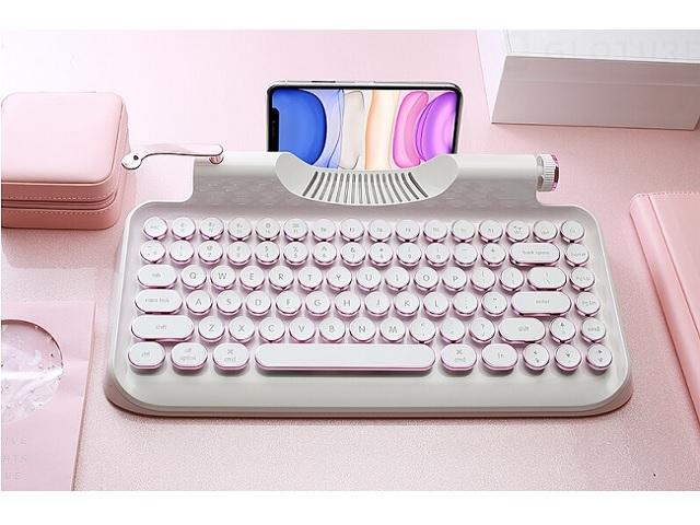 【スマホ・PCに対応】タイプライター風モバイルキーボード「Rymek メカニカルキーボード」に爽やかな新色モデルが登場!
