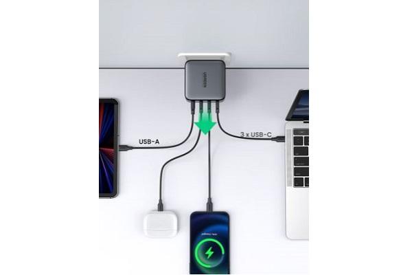 UGREEN「CD226」・多様なデバイスに対応可能 USB-C・USB-A